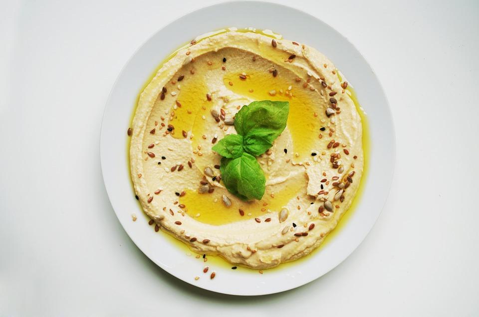 hummus-sesame-seeds